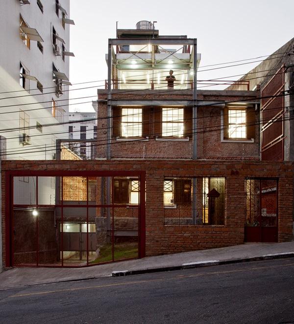 Marília project, autorstwa pracowni SuperLimão Studio z São Paulo w Brazylii - zwycięzca w kategorii Re-Use