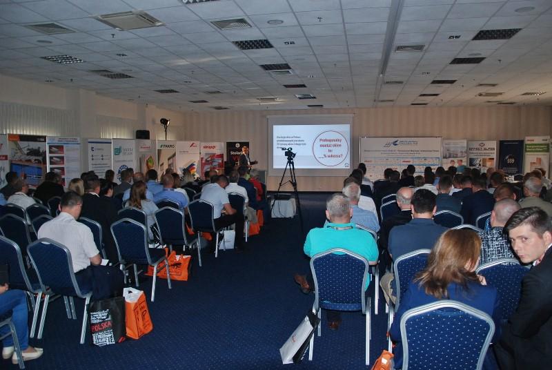 Międzynarodowe Forum Stolarki w ramach XIV Konwentu Stolarki VIP. Fot. Stolarka VIP