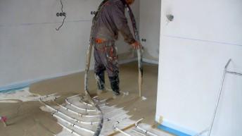 Ogrzewanie podłogowe: Jaki podkład do pracy z ogrzewaniem podłogowym?
