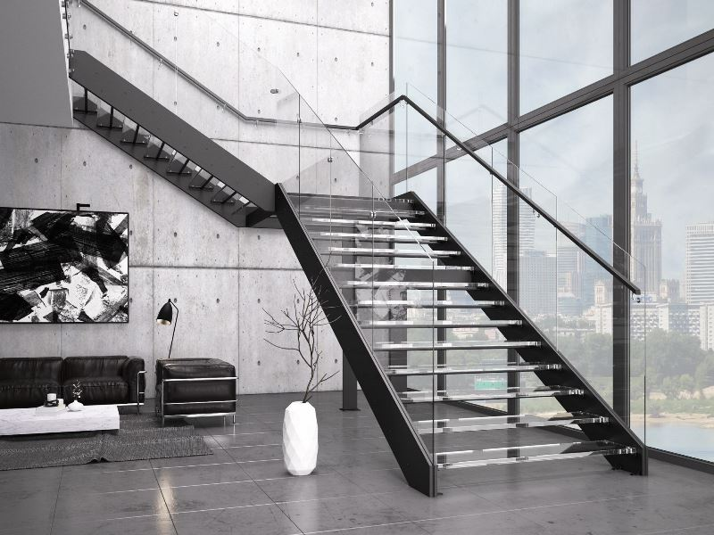 Schody Futura Duo, oparte na konstrukcji metalowej, malowanej proszkowo na kolor czarny, ze stopniami i balustradą wykonaną ze szkła (cena ok. 140 tys. brutto w ramach promocji obowiązującej w listopadzie 2016 r.).Fot. Rintal Polska