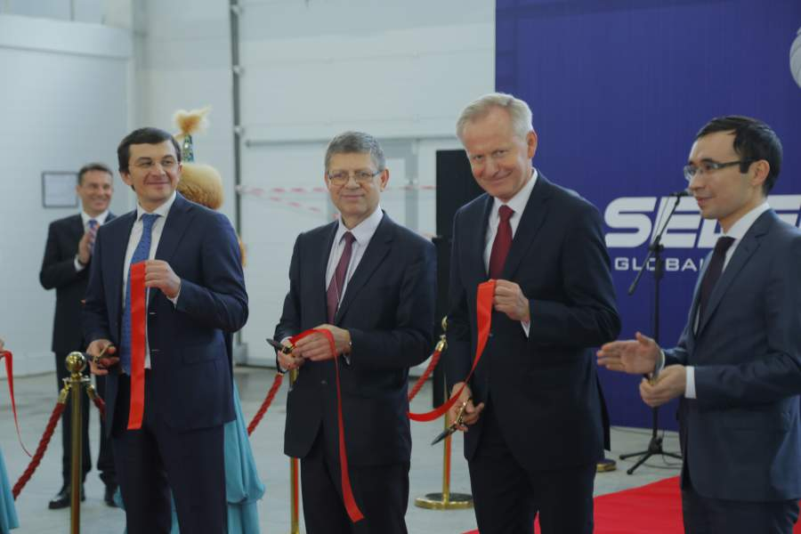 Inauguracja fabryki Selena w Astanie, Kazachstan. Fot. Selena