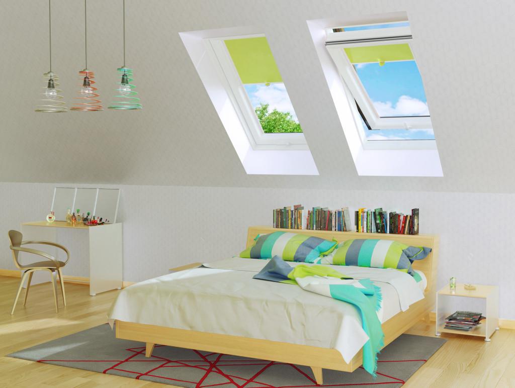 Dzięki odpowiednio rozmieszczonym oknom dachowym poddasze może stać się bardzo atrakcyjnym i komfortowym pomieszczeniem. Fot. Dobroplast
