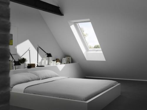 Symulacja światła w aplikacji MyDaylight umożliwia dowolne usytuowanie okien na poddaszu. Fot. Velux
