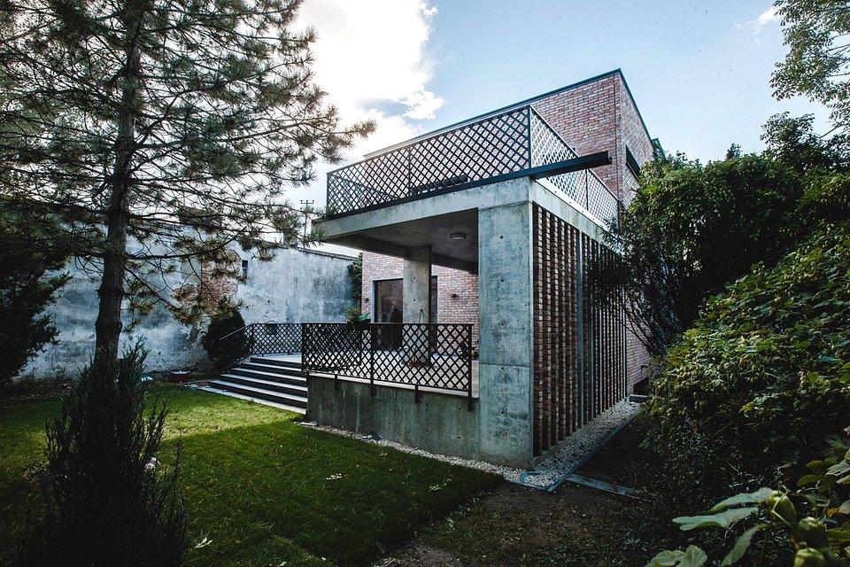 Dom z recyklingu. Ft. Wienerberger