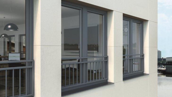 Balkony francuskie: Nowe portfenetry w systemach Schüco z PVC-U