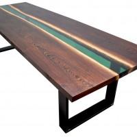 ORIBIA Produkcja drewnianych stołów z wypełnieniem z żywicy